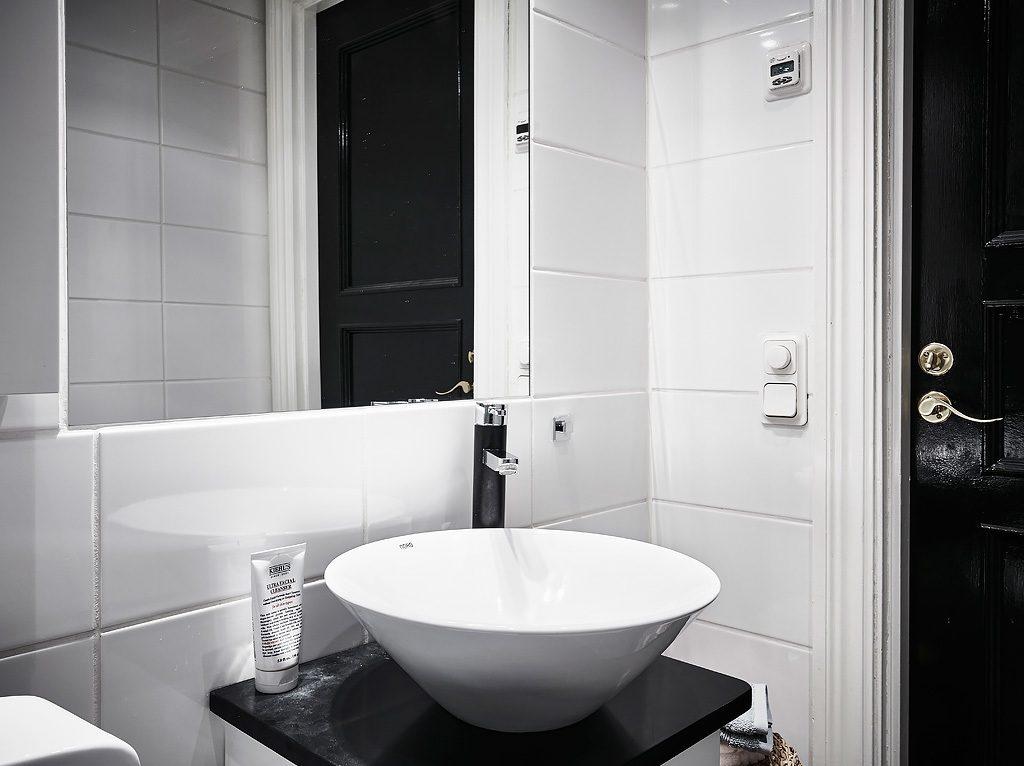badkamer-klein-appartement-2