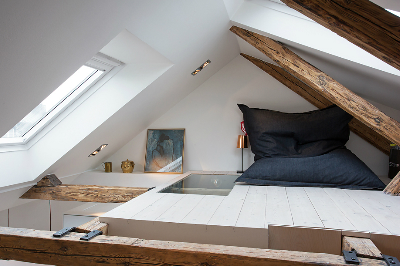 Beloopbaar glas in vloer boven slaapkamer