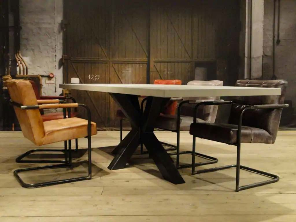 betonnen tafel antibes