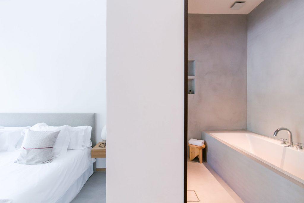 betonstuc-badkamer-margot-house