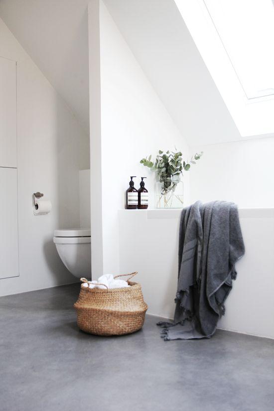 Betonvloer in de badkamer