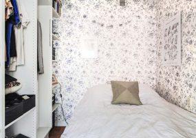 bloemetjesbehang slaapkamer