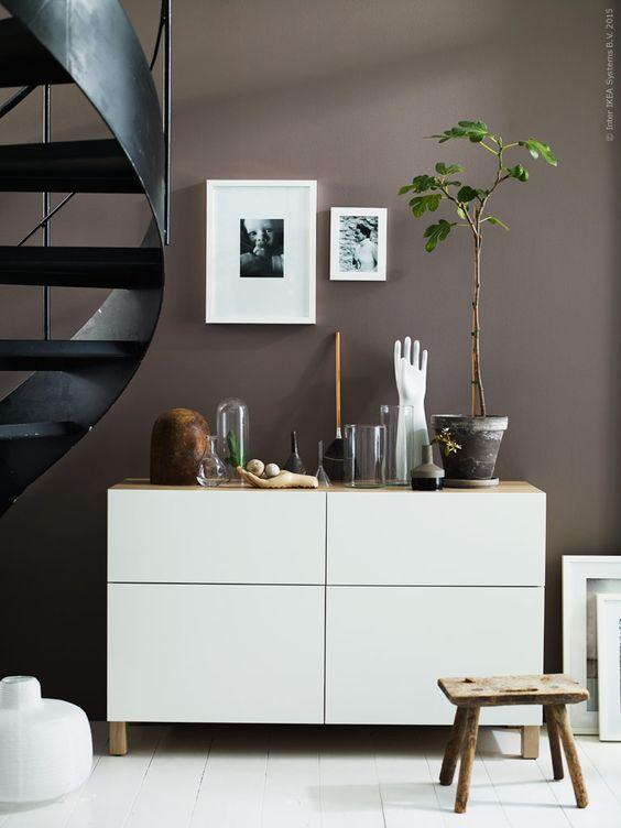 bruine-muur-woonkamer