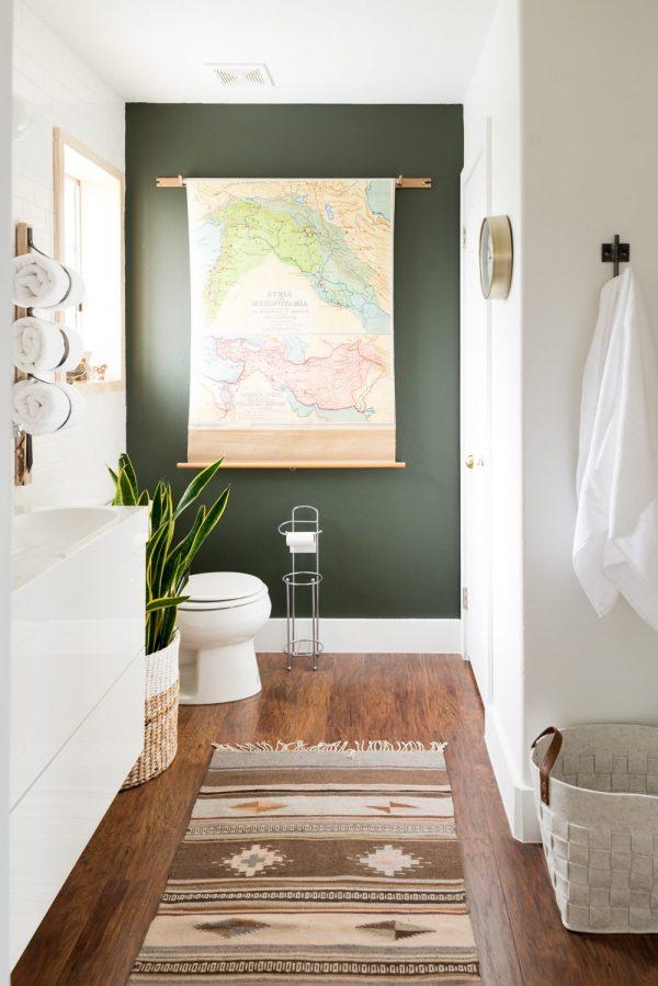 budget badkamerrenovatie groene muur