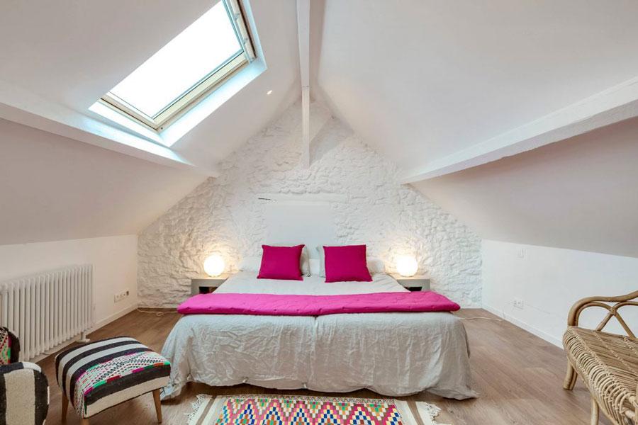Charmante idyllische slaapkamer op zolder homease