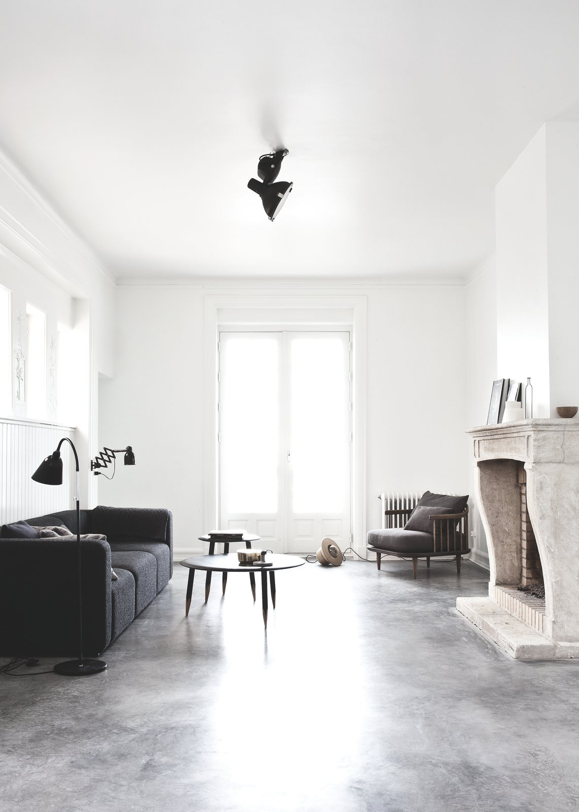 Deens minimalistisch interieur vol met designmeubelen