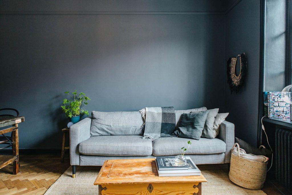 denim-drift-grijs-blauwe-muren-woonkamer-2