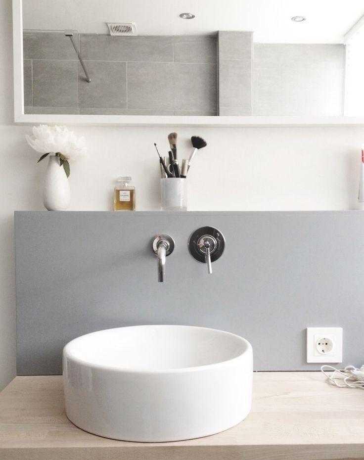 Waskom in de badkamer | HOMEASE