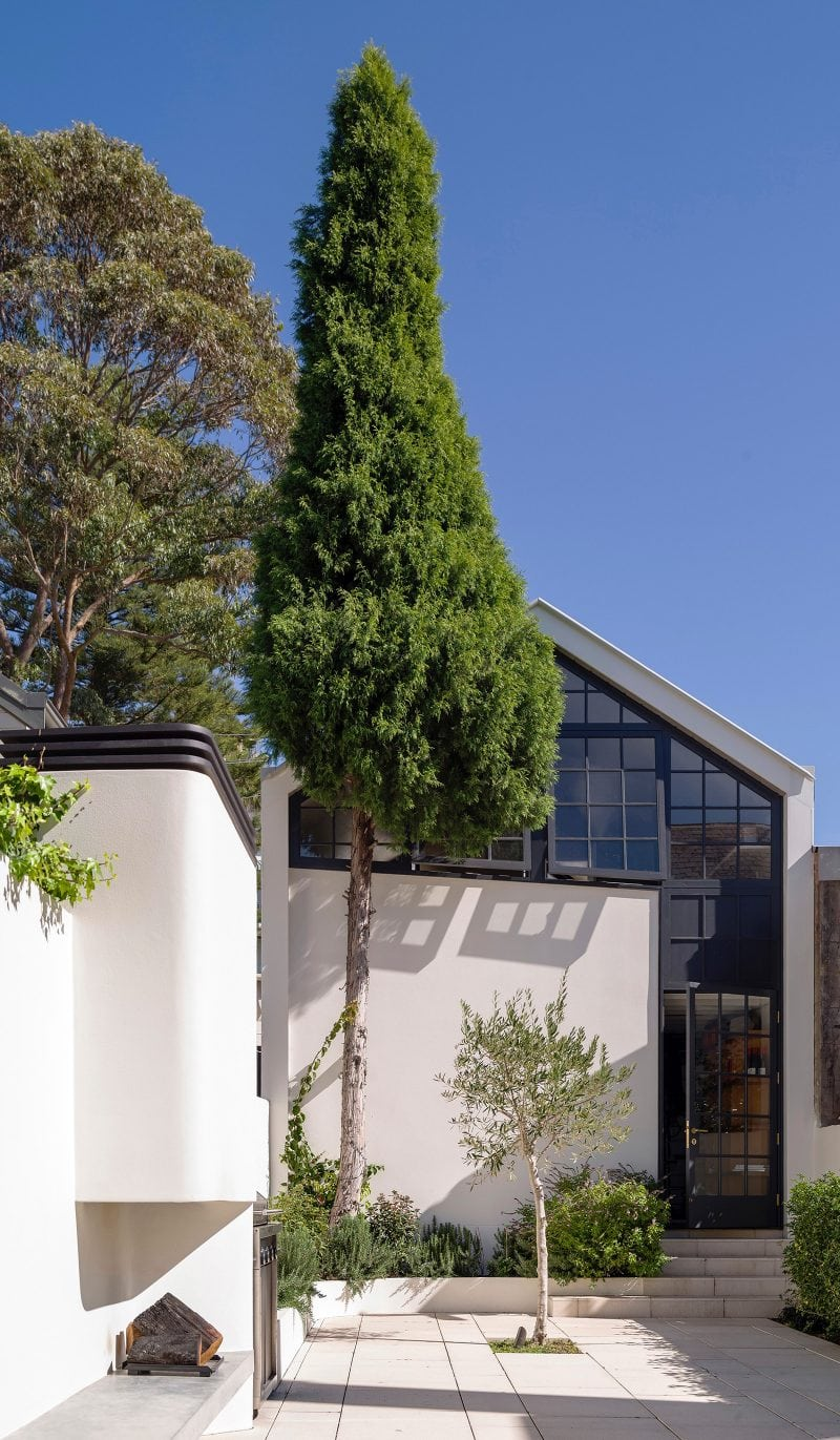 Deze jaren '50 woning is luxe, modern en romantisch chique geworden!