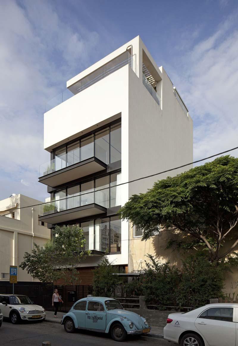 Dit moderne herenhuis heeft maar liefst 6 verdiepingen!