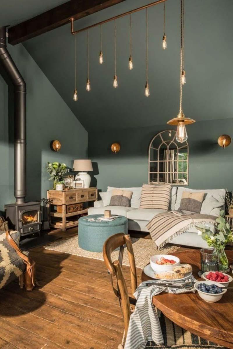 donkergroene muur woonkamer