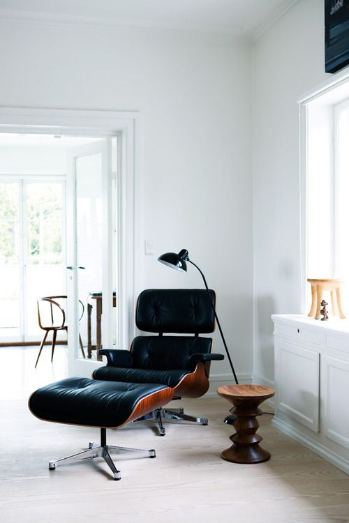 Eames lounge chair  HOMEASE
