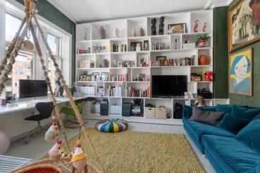 Eclectisch thuiskantoor/lounge aan de woonkamer