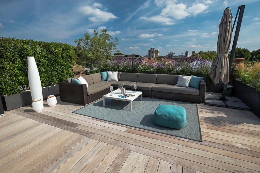 Eigentijds luxe en onderhoudsvriendelijk dakterras homease