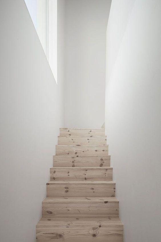 Geen trapleuning