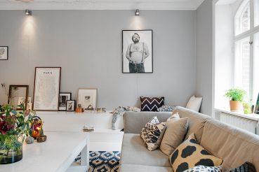 Geweldige bankkast combinatie in deze woonkamer