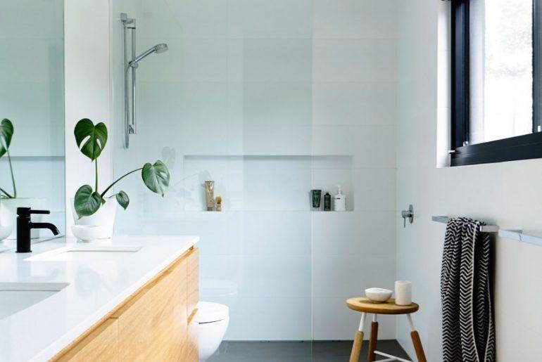 Glazen Wand Douche : Glazen douchewand tot het plafond homease