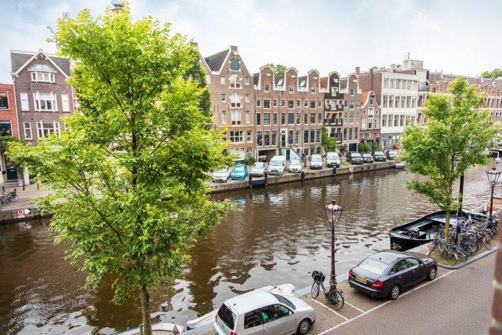 grachtenpand-amsterdam