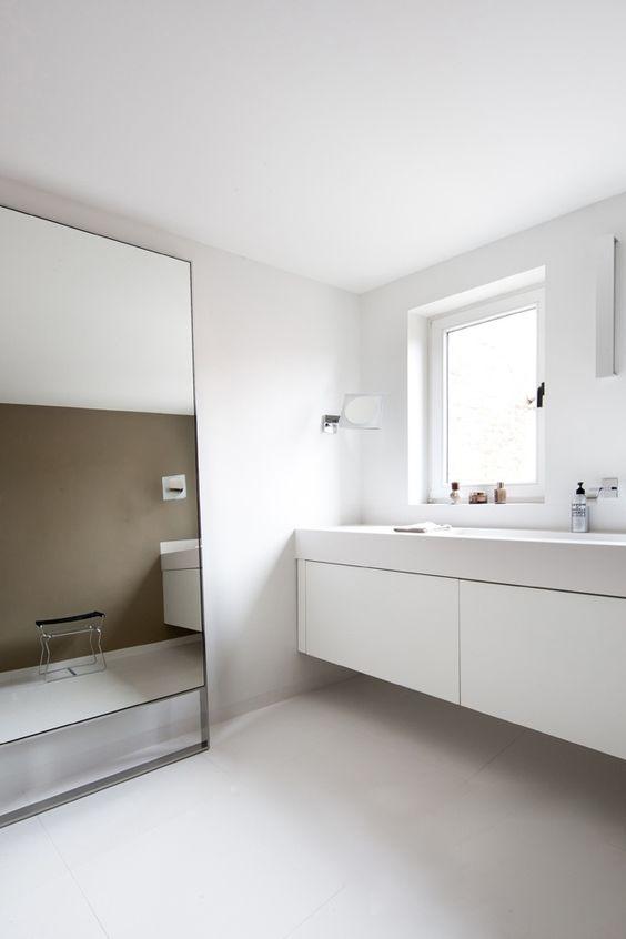Badkamer spiegel design badkamer spiegel met indirect for Spiegel your name