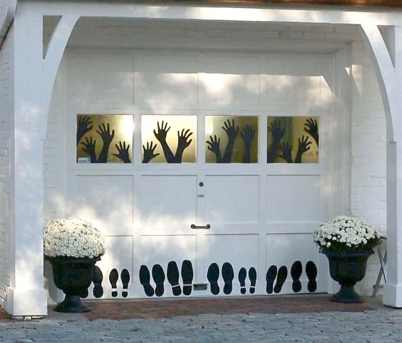 halloween decoratie ideeën enge armen handen voeten