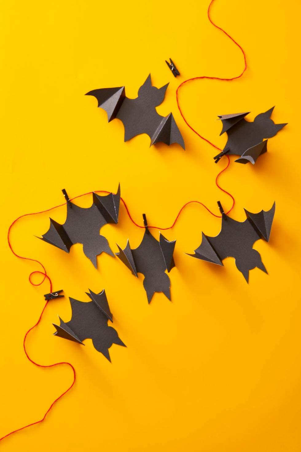 halloween decoratie ideeën slinger met vleermuizen