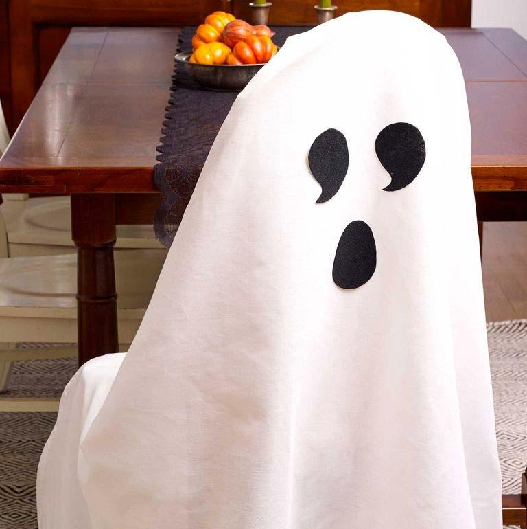 Halloween decoratie ideeën spook-stoel