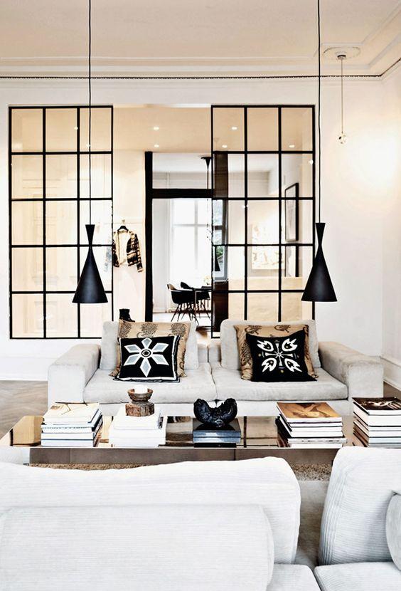 hanglampen-laag-boven-salontafel