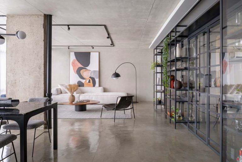 het modern industriele merlot appartement