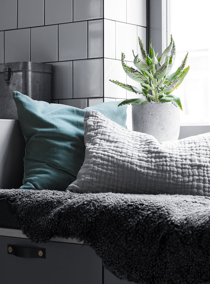 Het mooie gekleurde appartement van Zweedse architect Andreas Part