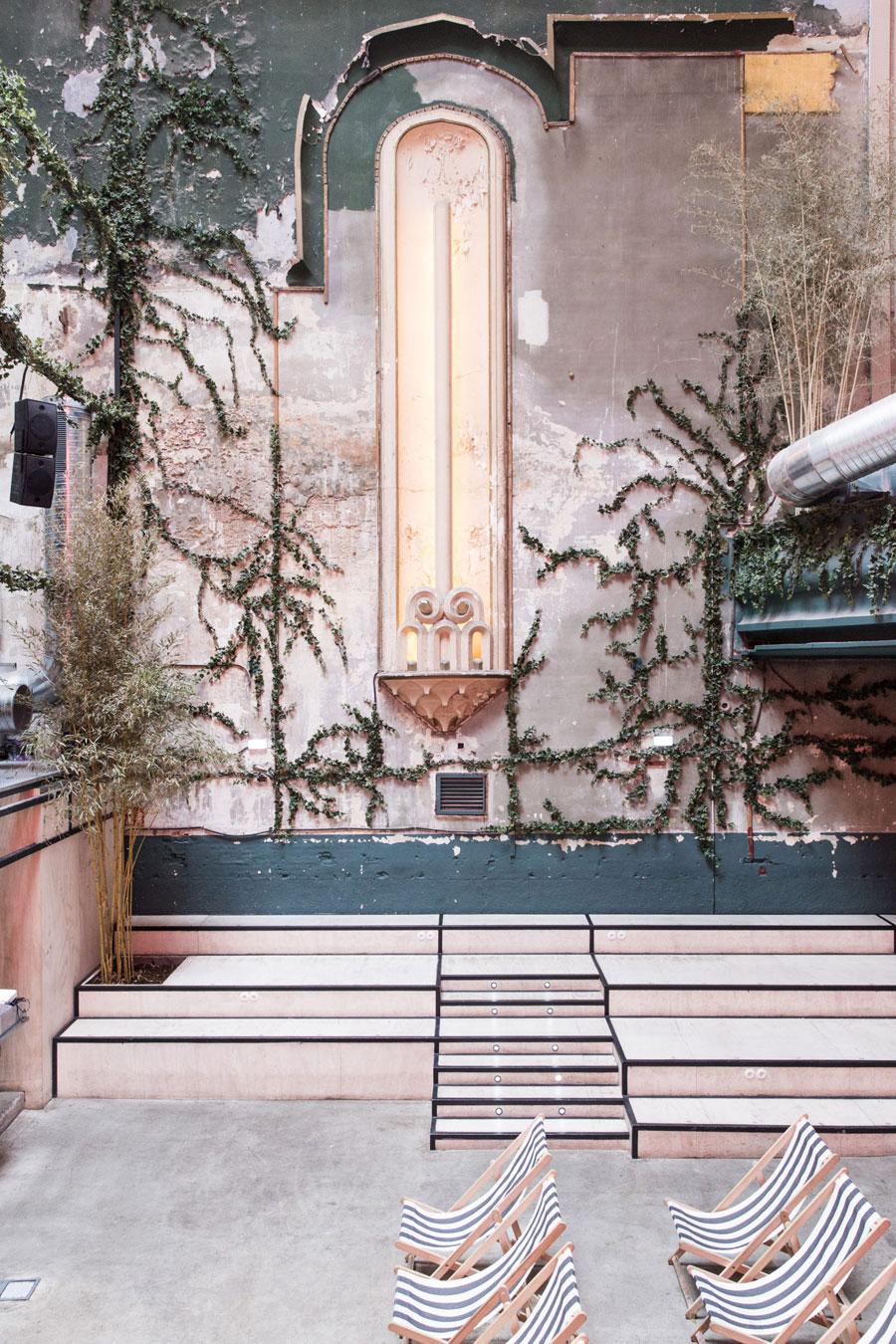 Het prachtige multifunctionele theather Sala Equis