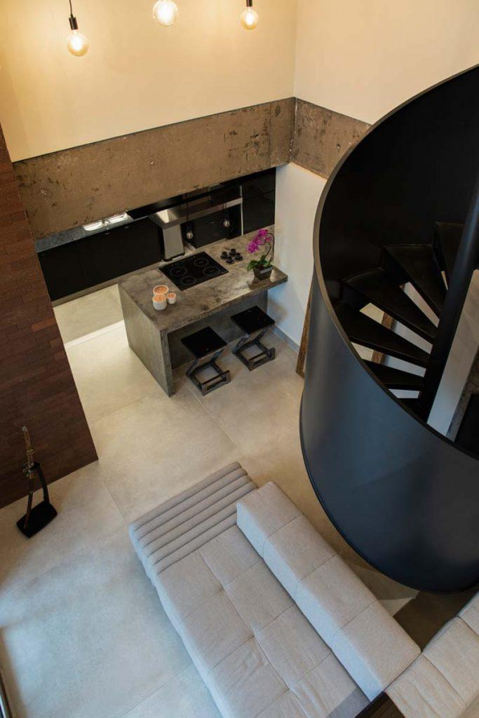 hoog plafond mezzanine