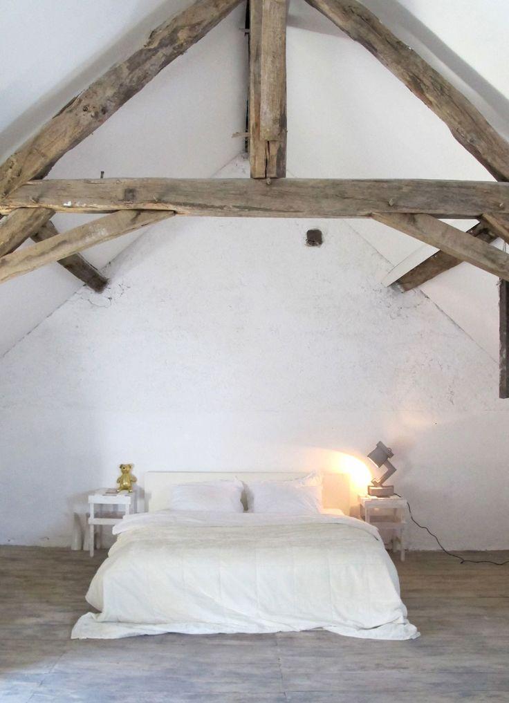 ikea attic ideas - Houten balken in de slaapkamer