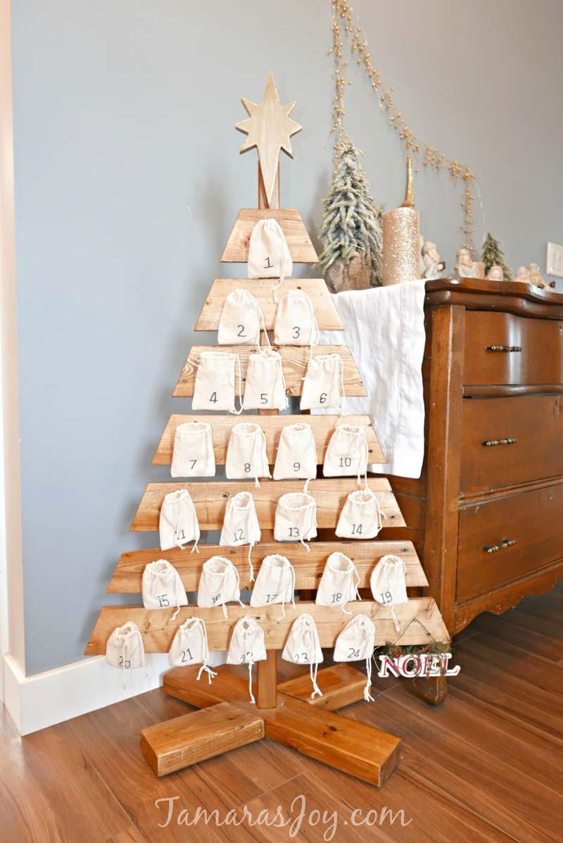 houten kerstboom adventskalender
