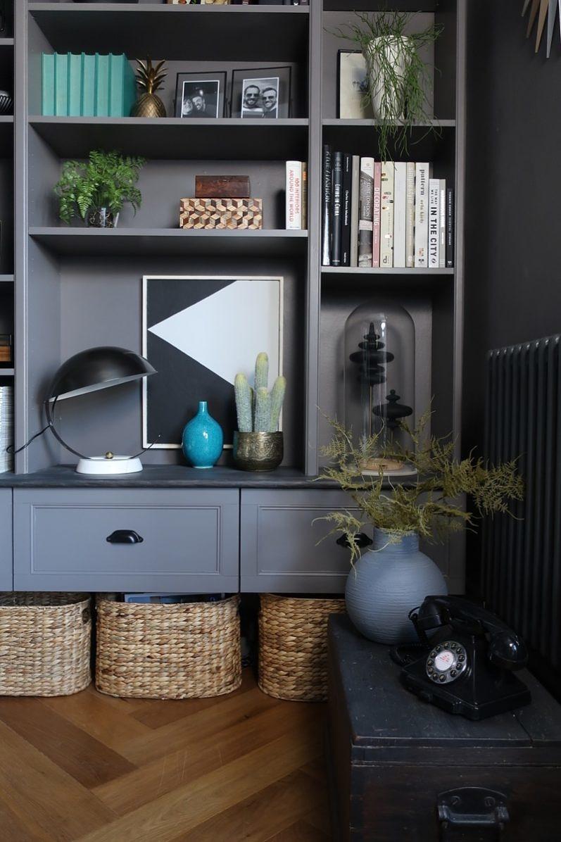 Ikea Billy boekenkast hack in de woonkamer