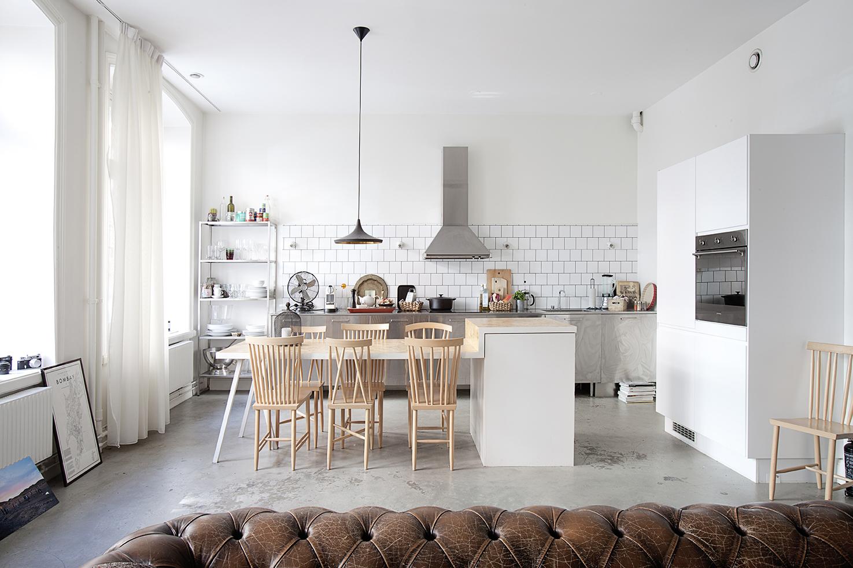 Scandinavische Vintage Woonkamer : Industrieel appartement met vintage scandinavisch design homease