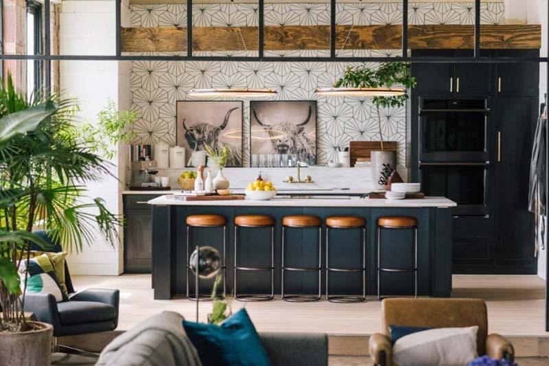 industriele keuken kookeiland barkrukken