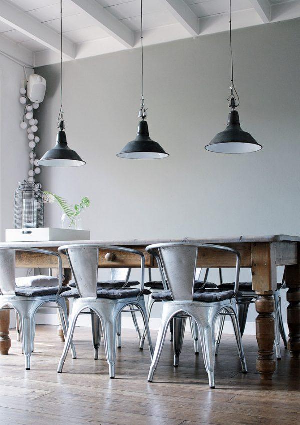 Industriële lampen eettafel