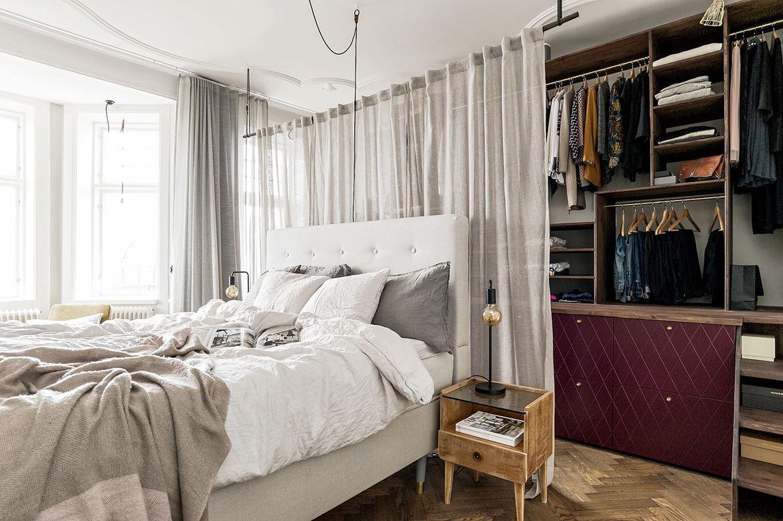 Kast Achter Bed : Deze inloopkast achter het bed is uniek homease