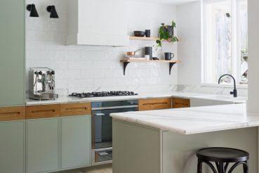 Groene keukenkasten
