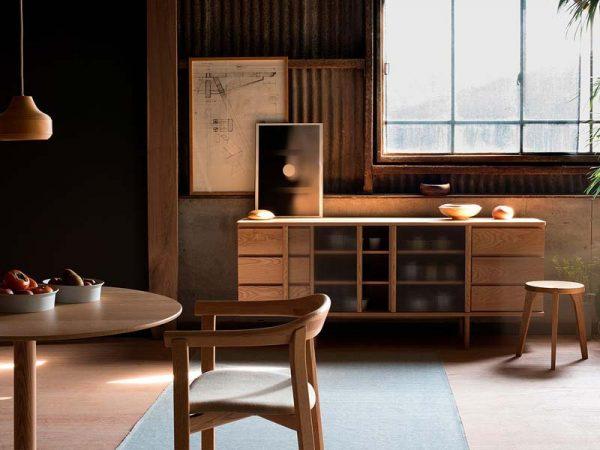 japandi interieur houten meubels