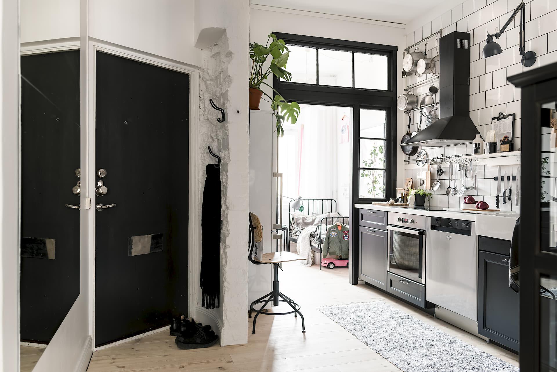 Stoere Keuken Grey : Deze keuken is een fijne binnenkomer homease