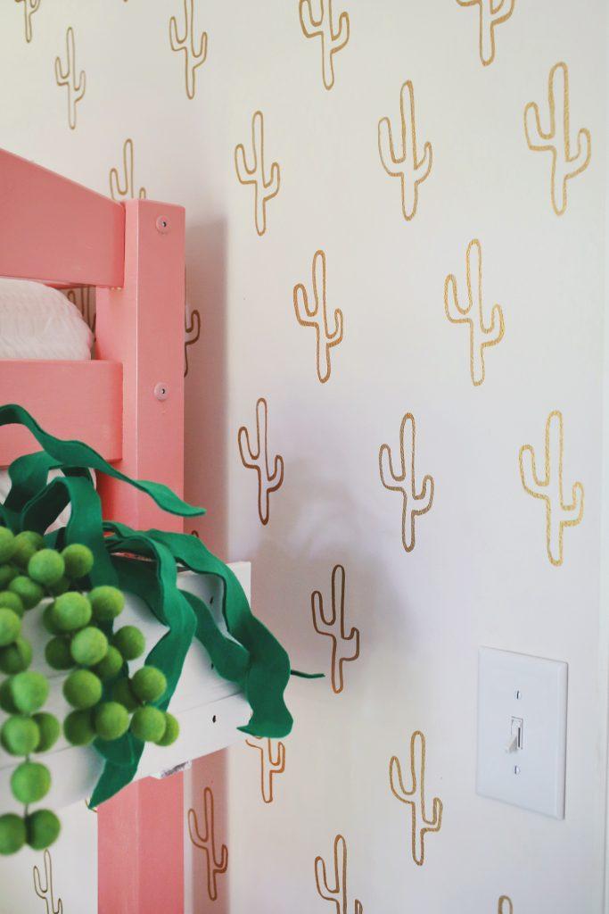 Kinderkamer met een cactus thema