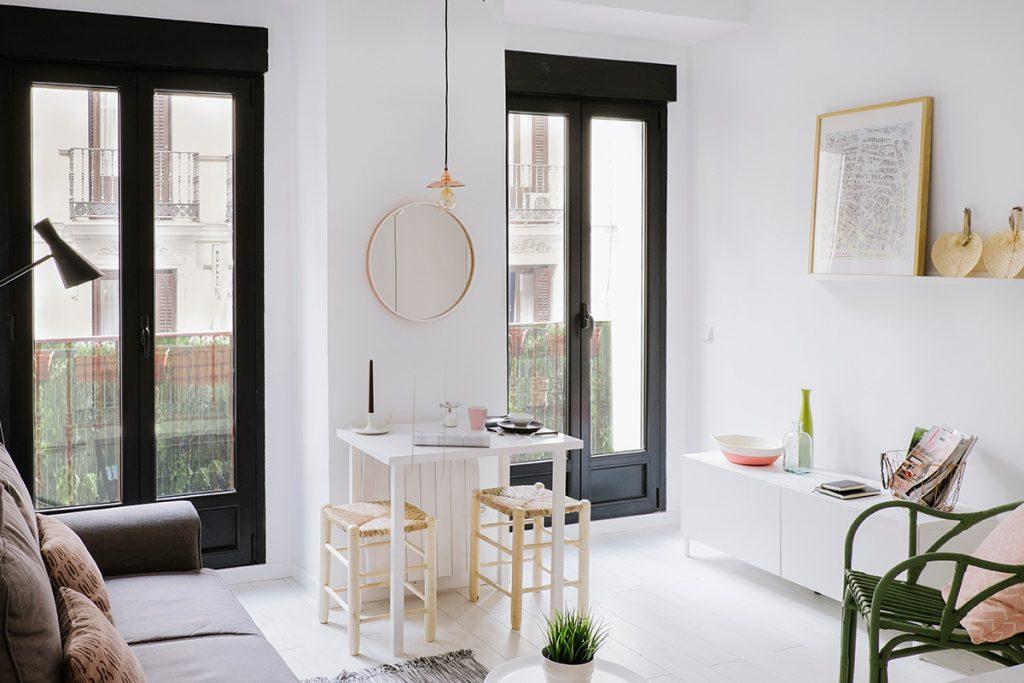 Klein appartement van 24m2 uit madrid homease - Een klein appartement ontwikkelen ...