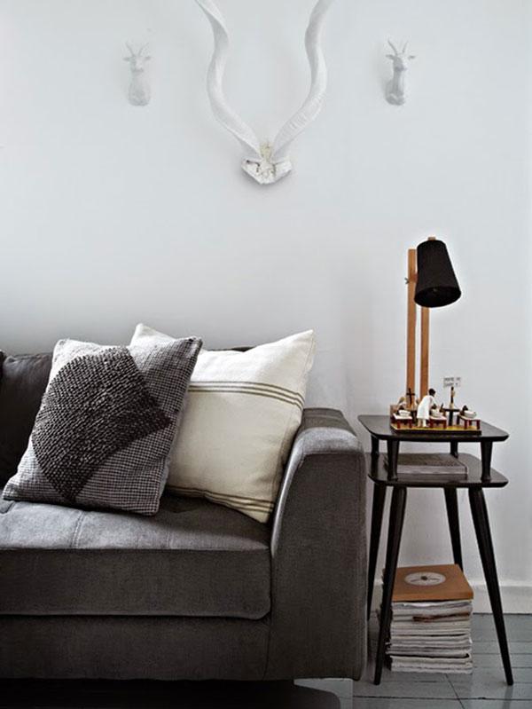Kleine grijze woonkamer homease for Grijze muur