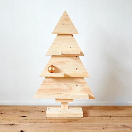 kleine houten kerstboom