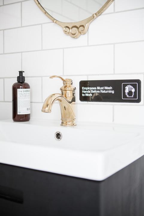 Kleine klassieke badkamer van nog geen 4m2