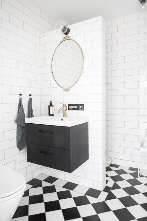 Kleine klassieke badkamer van nog geen 4m2 homease - Kleine badkamer m ...