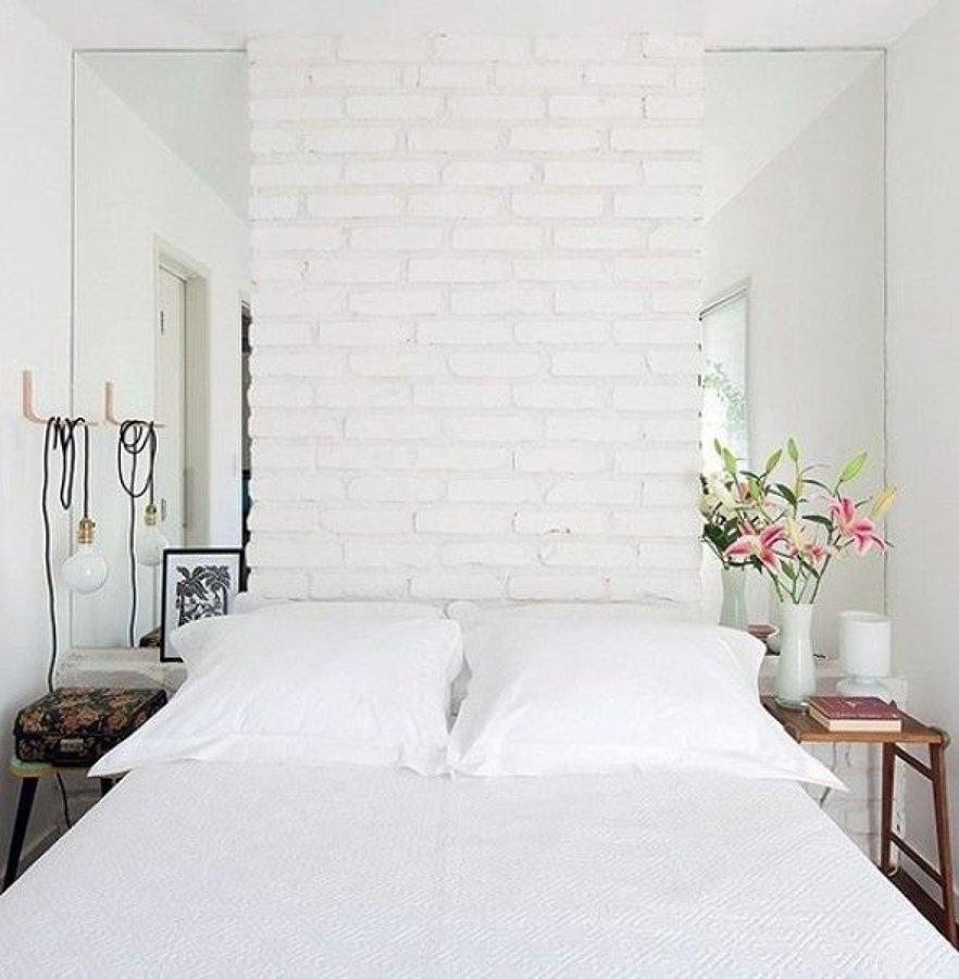 kleine-slaapkamer-spiegelwand