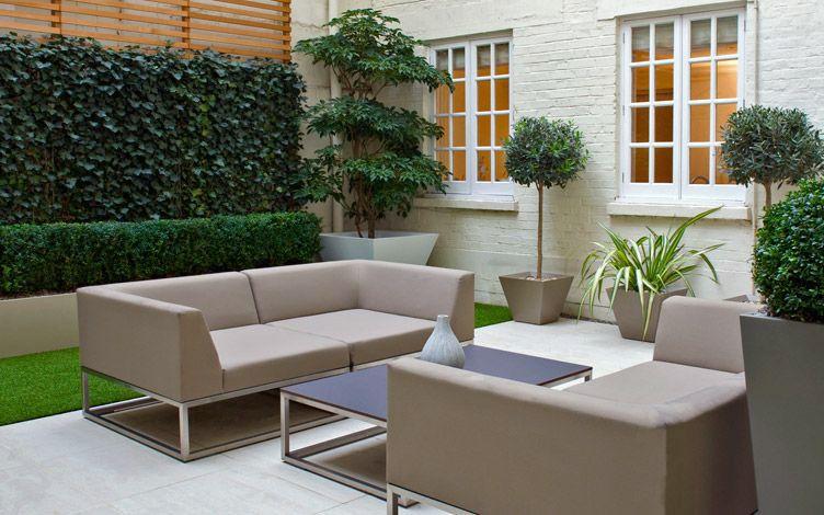 kleine tuin ontwerpen kleine moderne patio tuin luxe banken