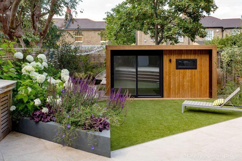 kleine tuin ontwerpen tuinhuis